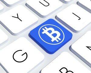 bitcoin, virtuální měny a právo