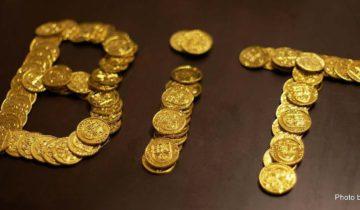 Bitcoin parita zlato
