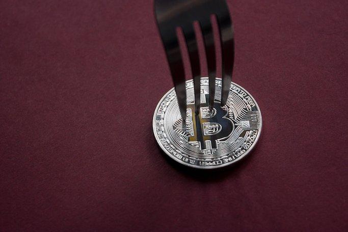 cena bitcoinu po splitu